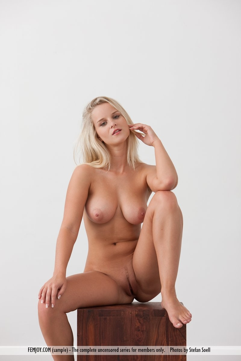 hot naked beauty queens
