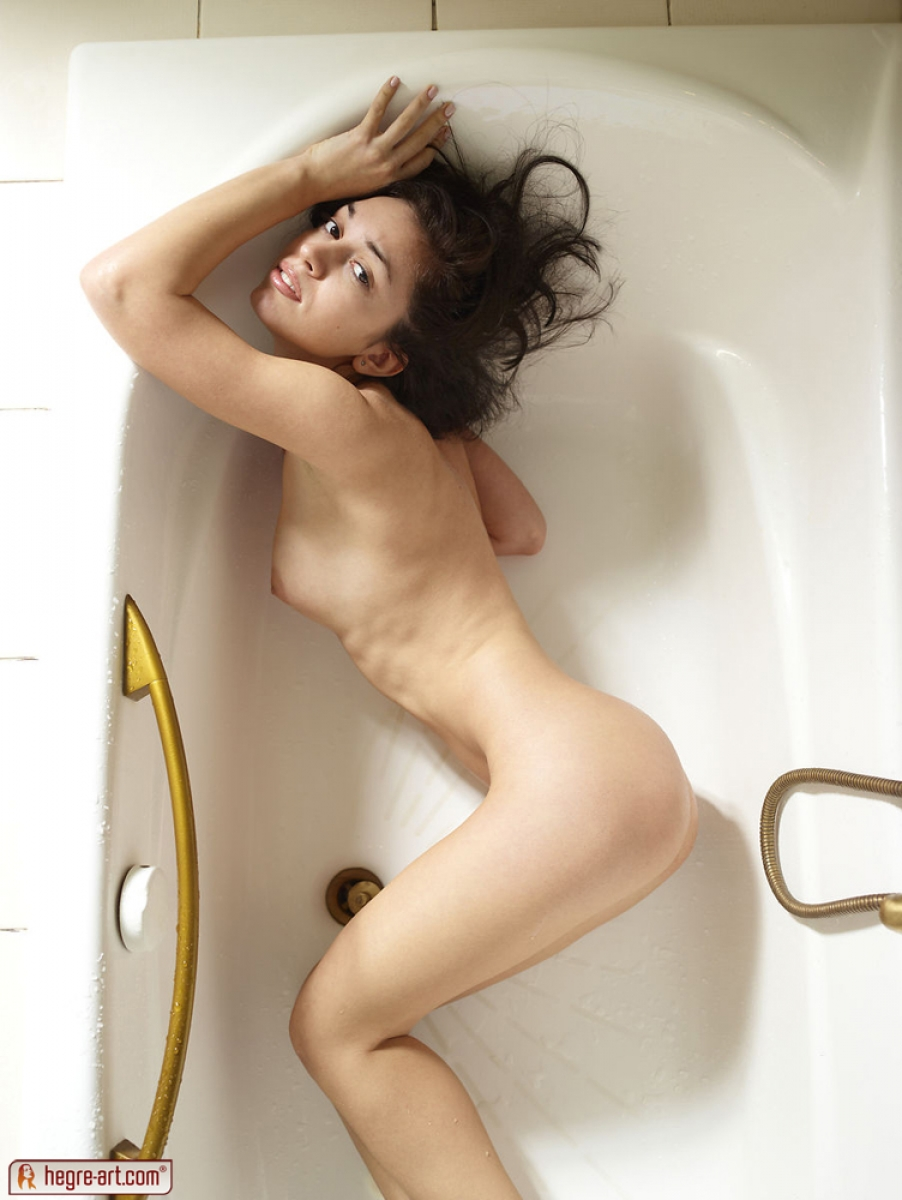 Nude Skinny Teens - Young Naked Girls with Lovely