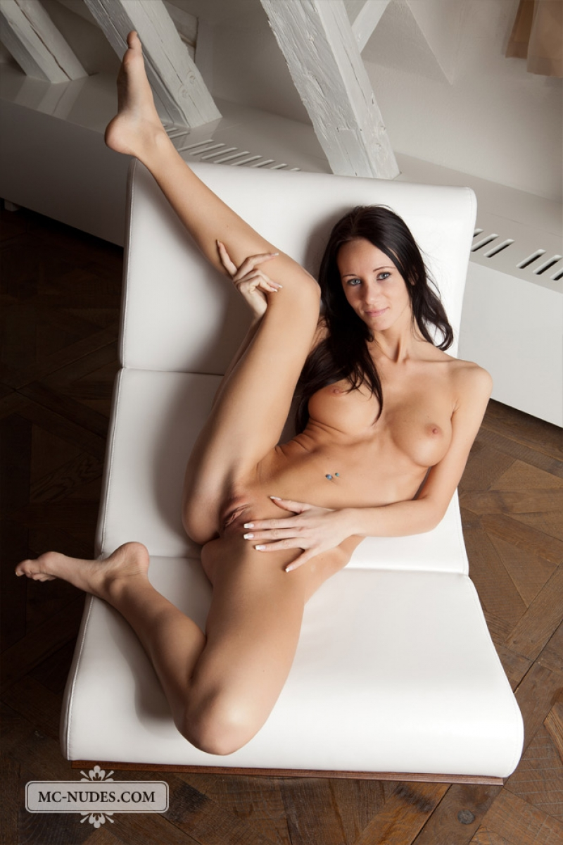 long naked female abs