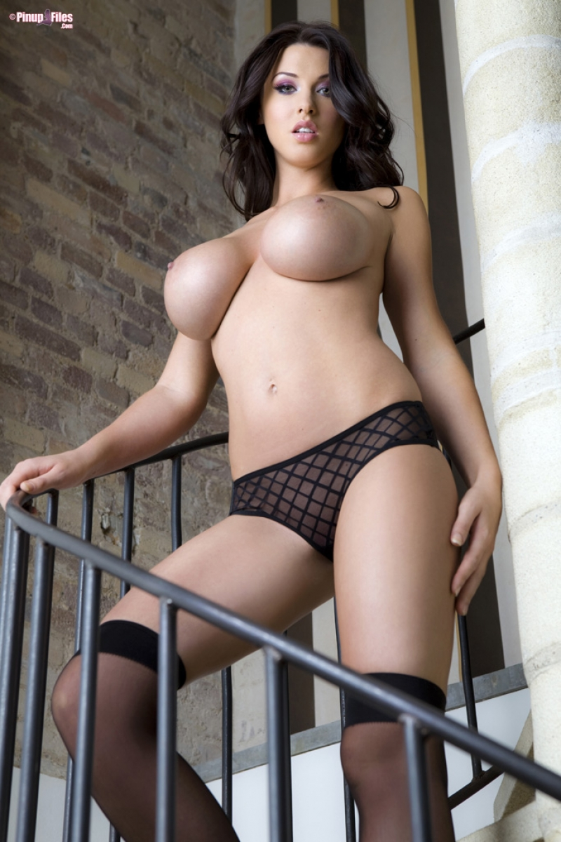 alice goodwin shows perfect perky breasts
