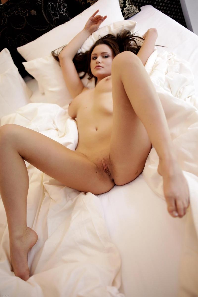Cheating husband threesome camera porn