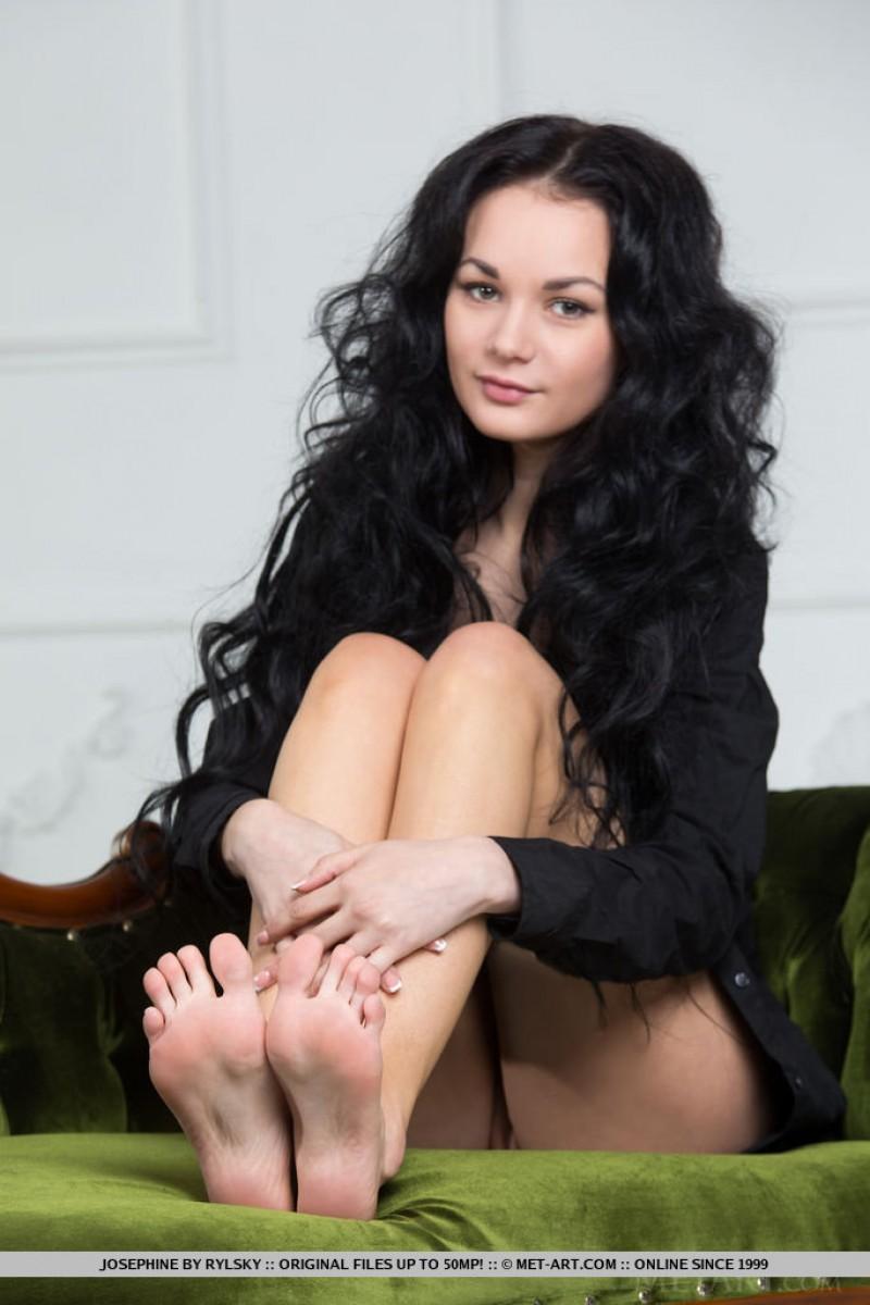 Slim metart nudes xxx pics