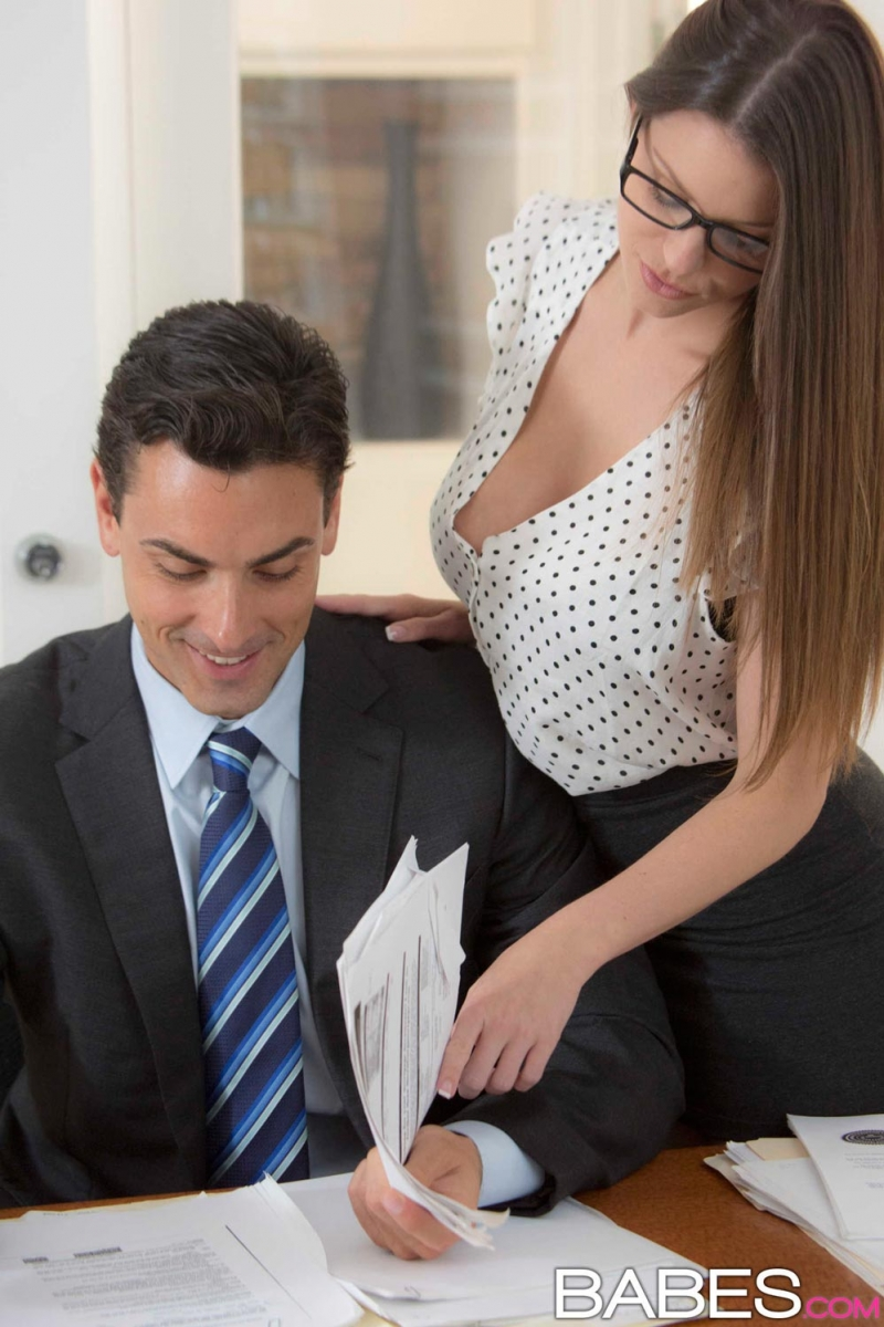 Busty secretary seduces boss