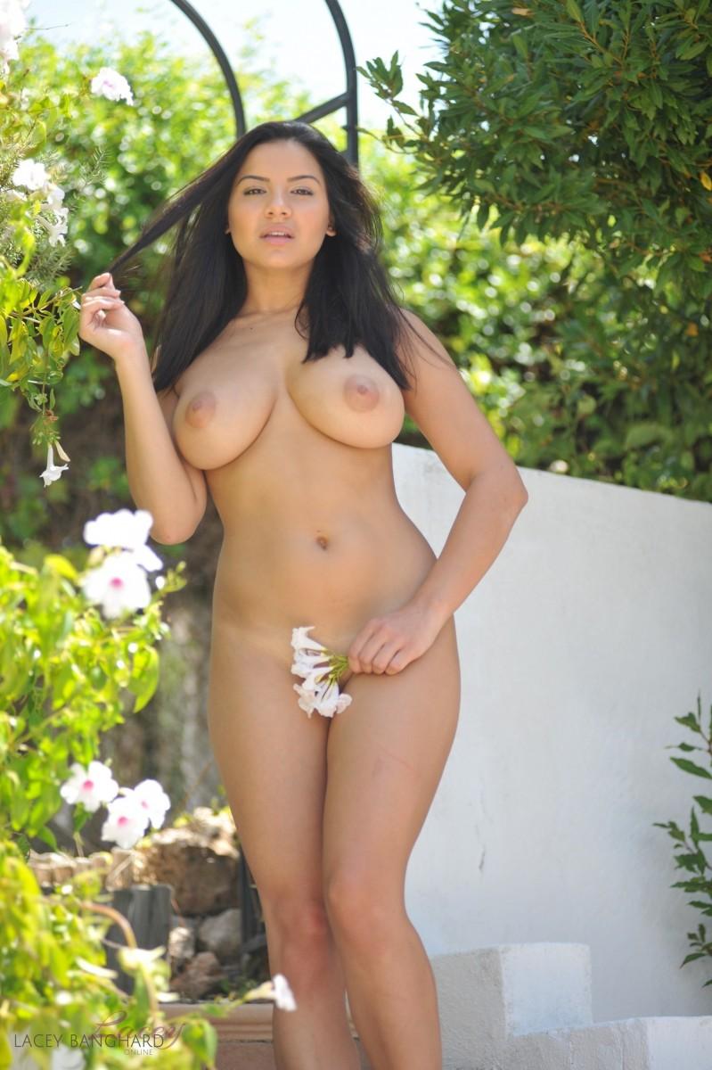 Lucy vixen nude pics