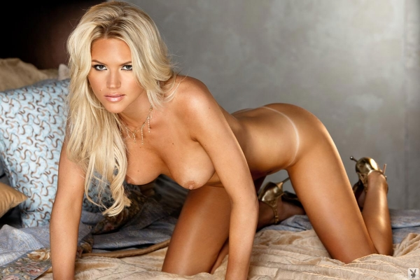 Alessandra ambrosio bikini candids