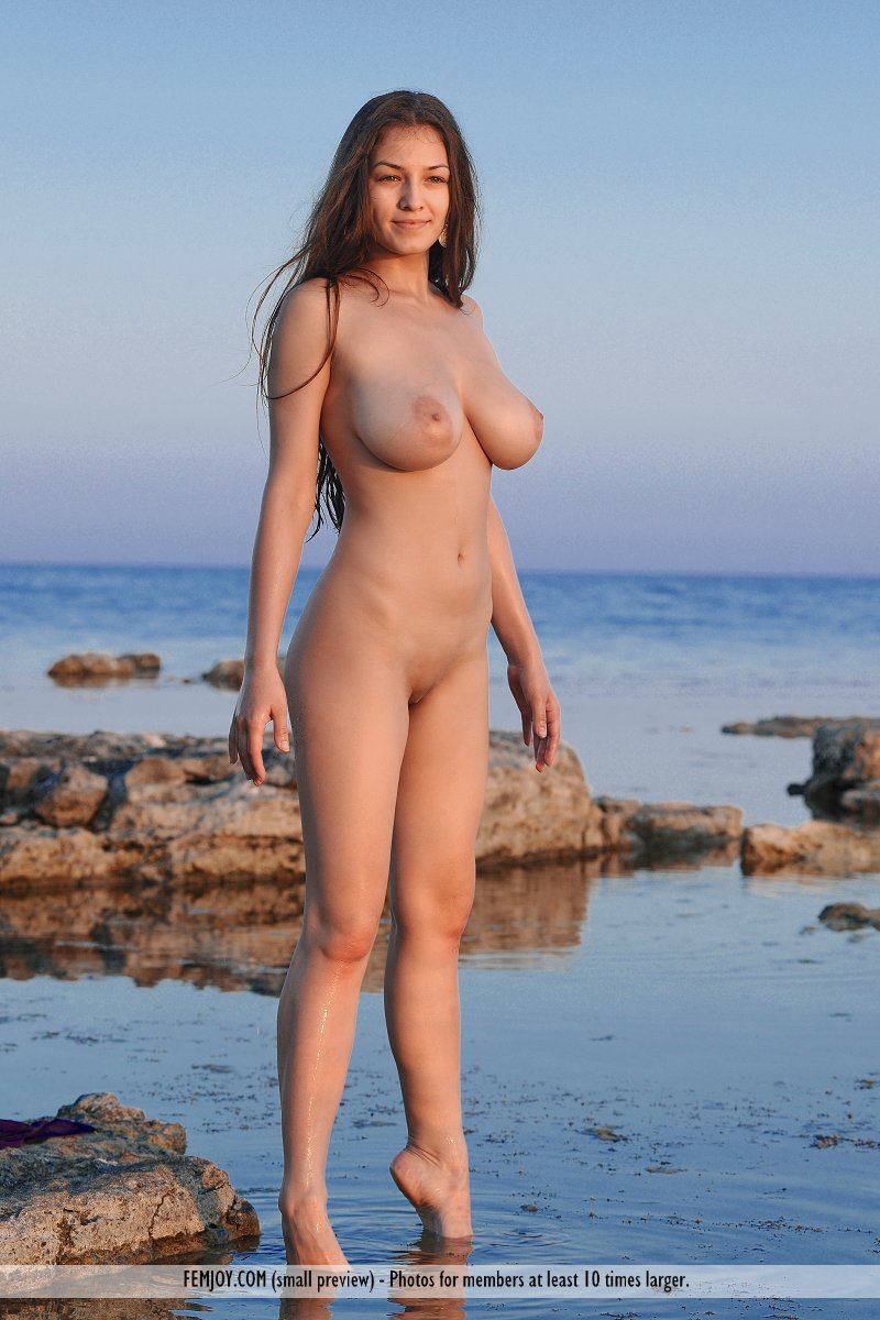 naked desi girls on the beach