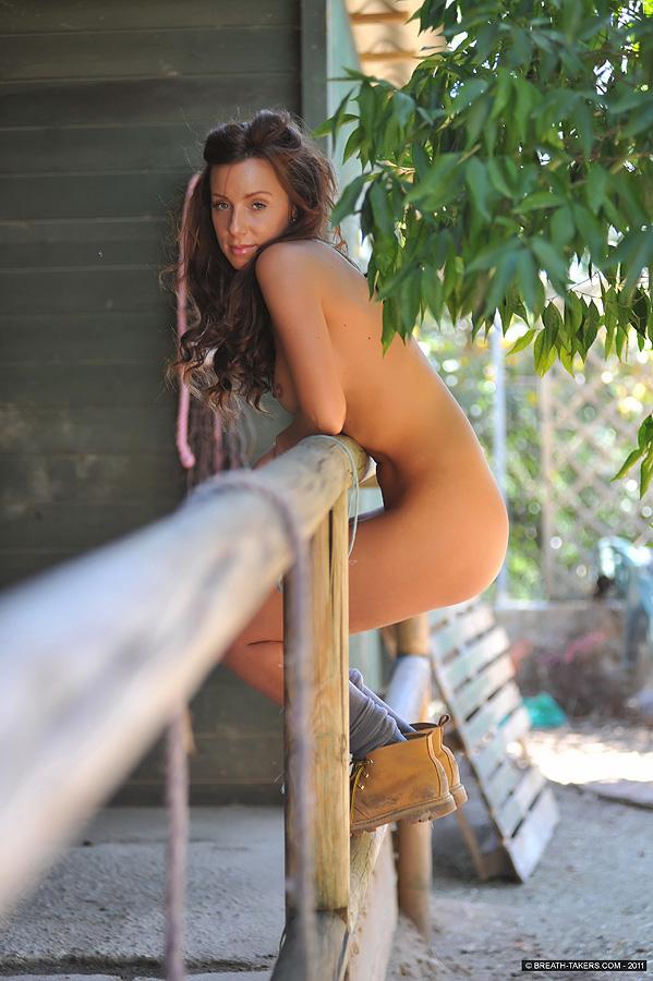corinne russell nude galleries