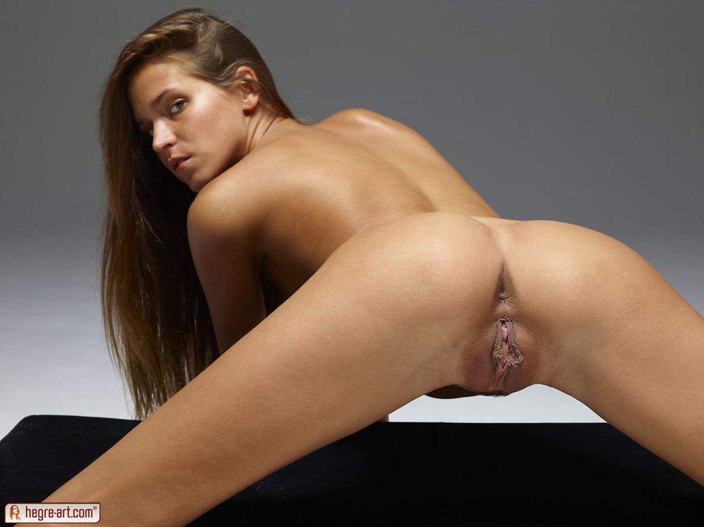 perfect naked ass