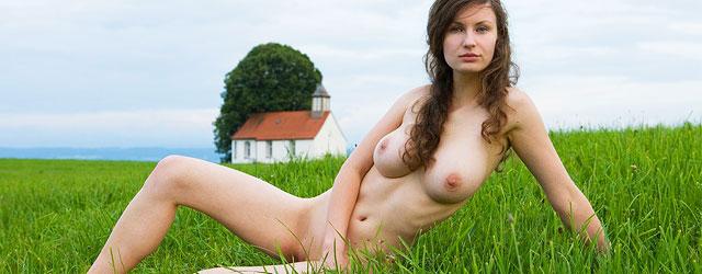 meghan fox nude jennifers body
