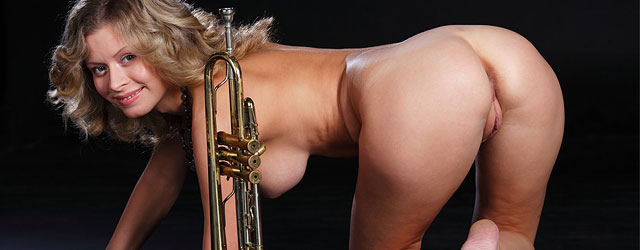 Thorne courtny smit nuda