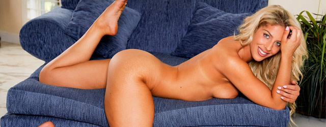Naked Jillisa