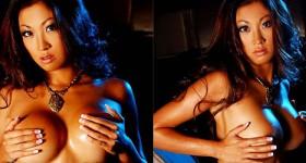 nicole-oring-stripping-off-her-bikini