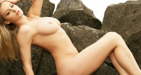 zdenka-podkapova-nude-on-the-rocks