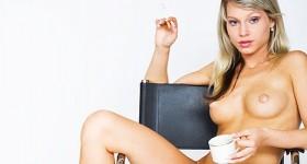 casting-pics-of-a-hot-blonde-viktoria