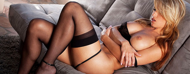 randy-moore-in-sexy-black-stockings
