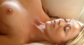seductive-blonde-ivana-strips-naked