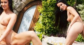 tight-brunette-vixen-melisa-strips-outside