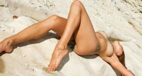 hot-bikini-babe-priscilla