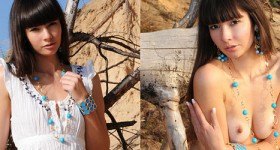 skinny-natural-teen-nude-in-the-sun