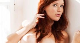 pure-redhead-mia