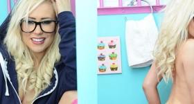 blonde-in-sneakers-and-socks