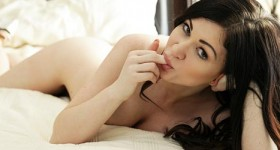kendall-in-bed