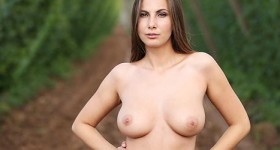 connie-carter-czech-outdoors
