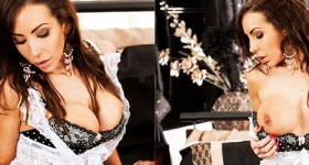 nina-leigh-will-blow-your-mind