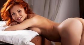 redhead-mina