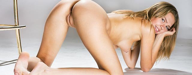 sweet-sexy-blonde-casting-session