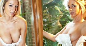 nikki-in-a-white-corset