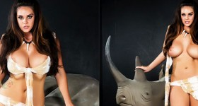 alison-tyler-naked-with-a-rhino