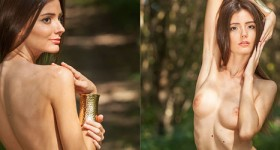 sexy-nude-model-in-the-woods