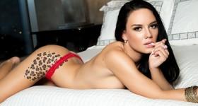 seductive-model-in-red-lingerie