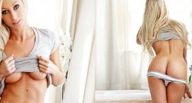 hot-blondie-in-underwear