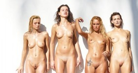 oiled-babes