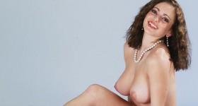samantha-roberts-tits