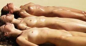 perfect-oiled-girls