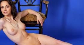 naked-ajsa