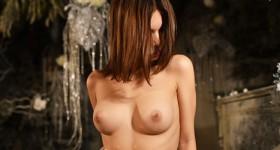 rozidi-naked