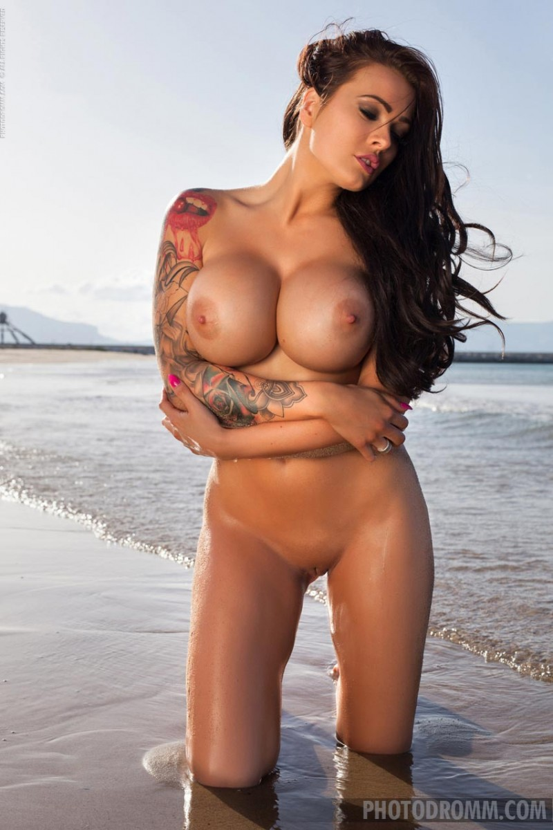 charley atwell naked