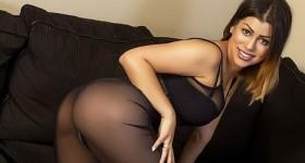 curvy-briana-in-sheer-black