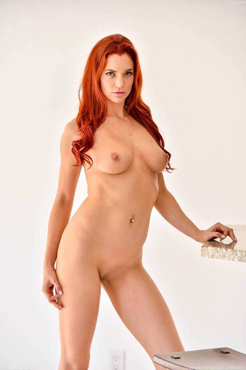 Busty fit milf nude