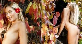 stunning-blonde-teen-outdoors