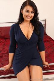 Busty Ashley in a Sexy Dress