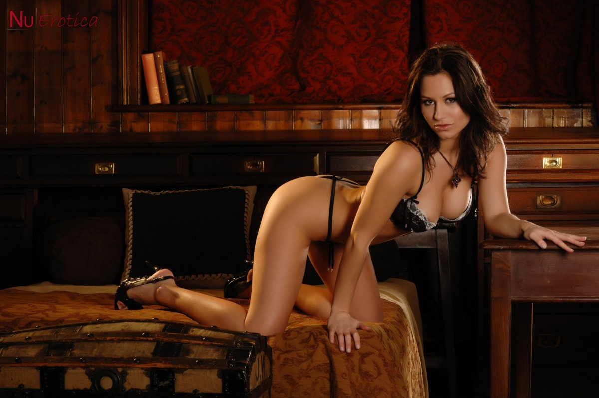 couple invite a sultry babe to the bedroom , xvideos sultry , babe gets her pussy covered with , sultry brunette pornstar babe keisha grey , high heels and black pantyhose , sultry foxes , janet munro ,