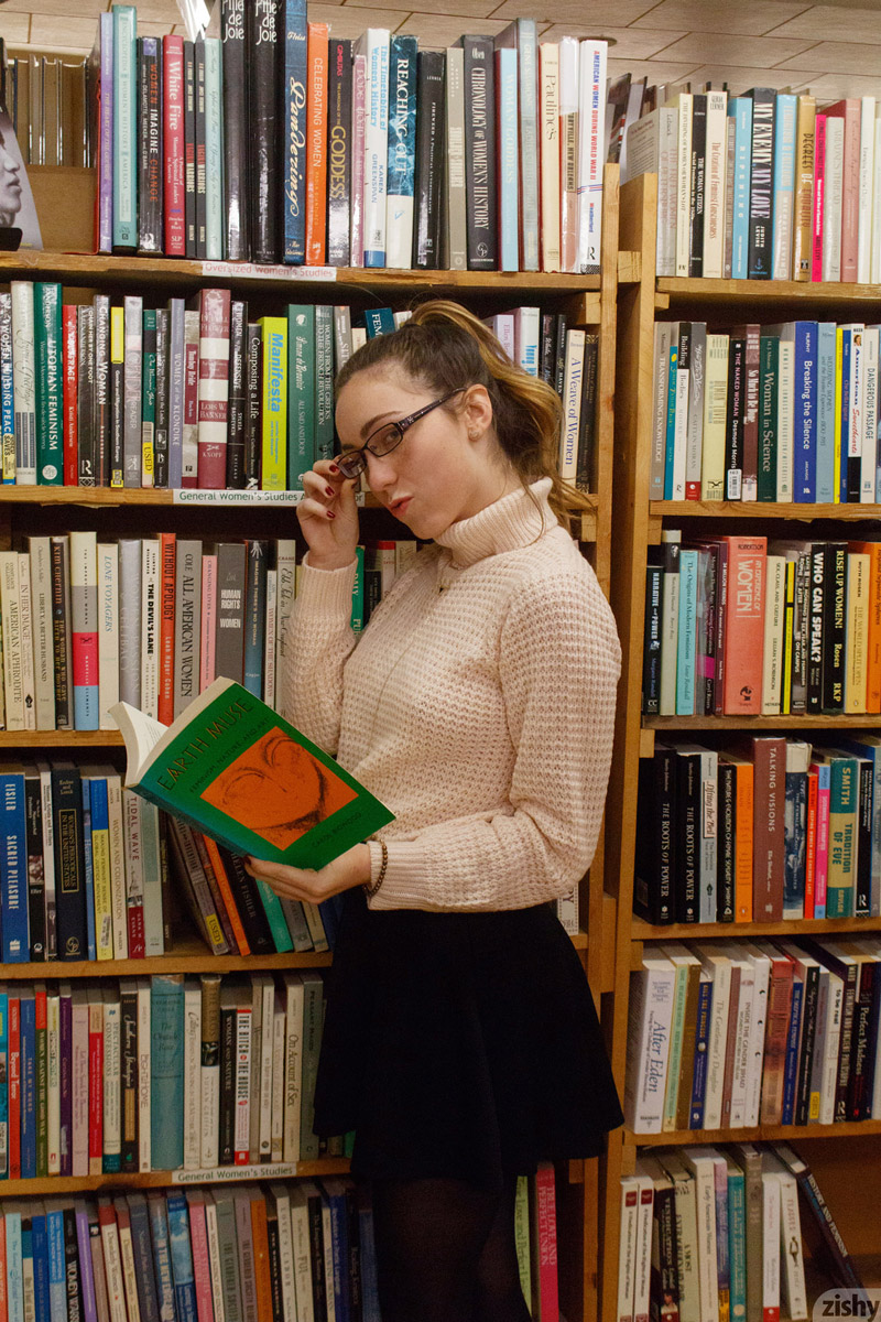 Non nude library