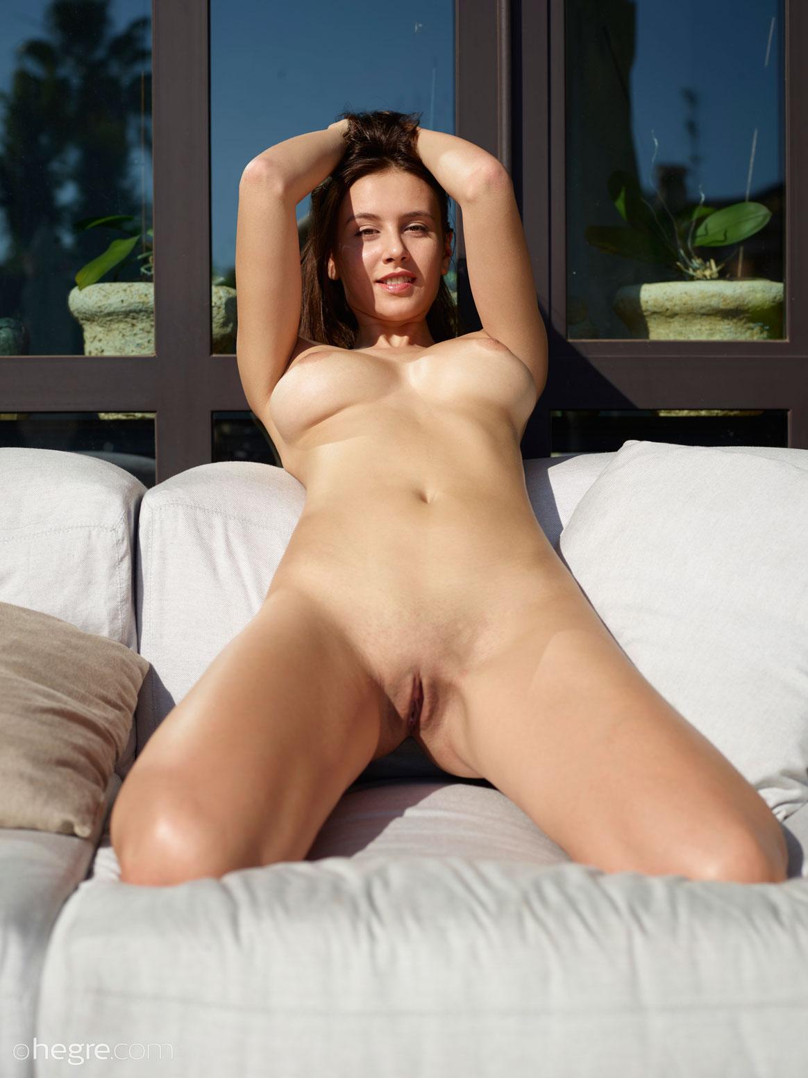 Busty Babe Alisa