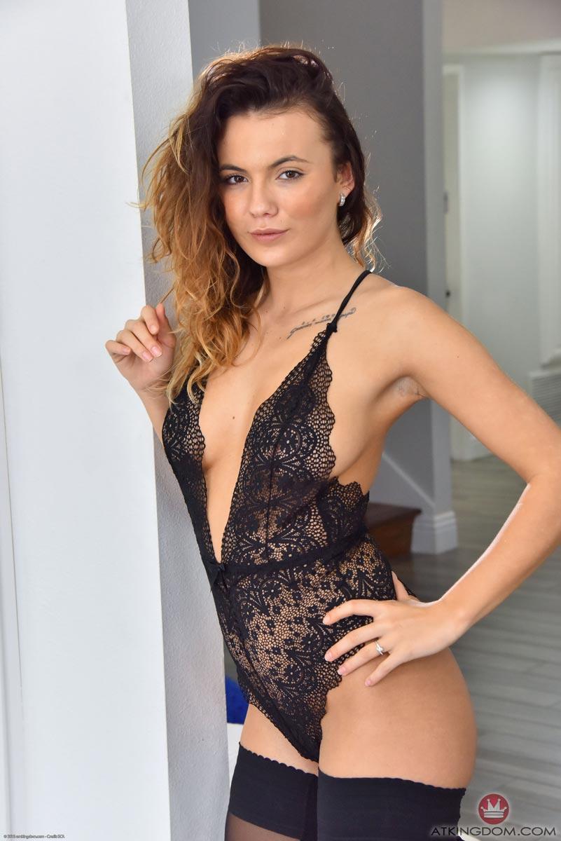 Vanessa Decker Anal