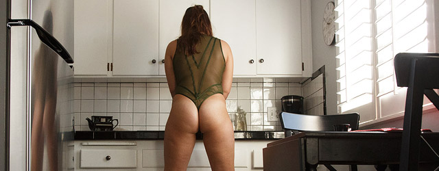 Thick Amateur in the Kitchen